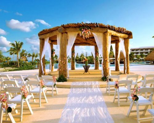 Destination-Wedding-e1522144998217