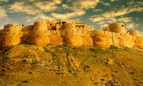 Jaisalmer-fort-at-sunrise